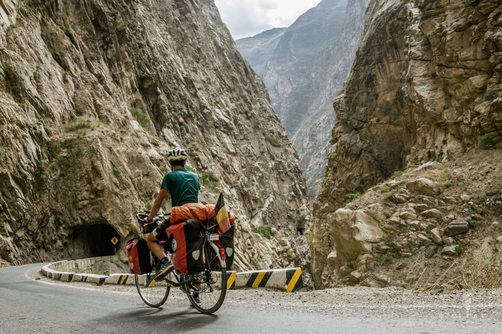 cycling Cañon del Pato, a beautiful cycling route in Peru